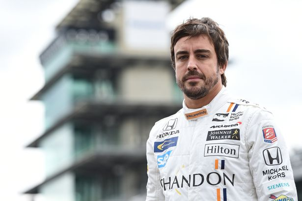 Fernando-Alonso-prepares-to-race-in-the-Indy-500
